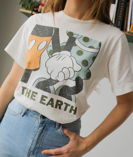 "T-shirt ""The earth"" - Mickey"